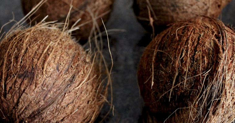 Simple Way to Make Homemade Natural Coconut Oil